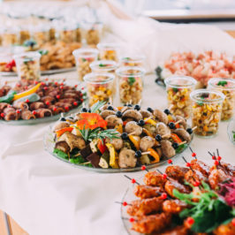 Questions you need to ask when booking wedding catering